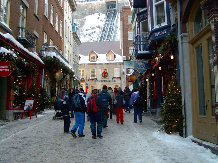 Quartier Petit Champlain (Lower Town). The oldest commercial district in North America (2004)