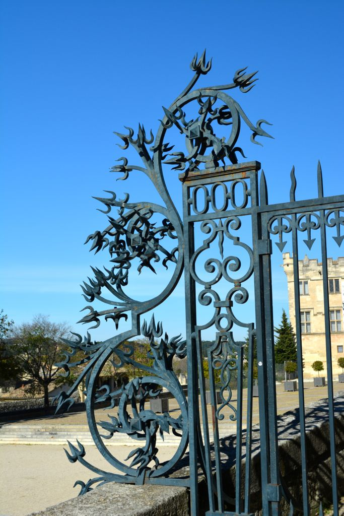 Wrought iron fence detail on the square of the Popes Palace