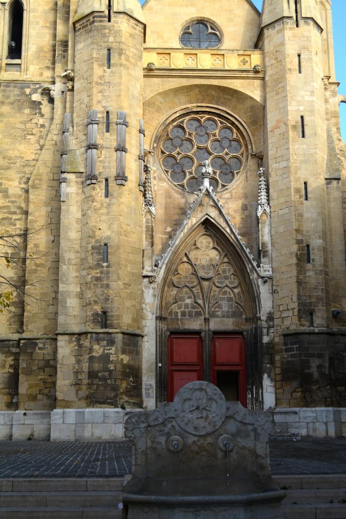 Church and fountain, Aix-en-Provence, France