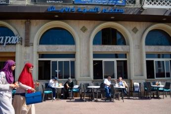 Cafe de la paix.